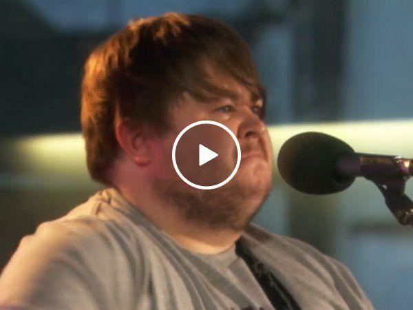 Ciaran Bartlett shows you how to right an Irish folk song (Video)