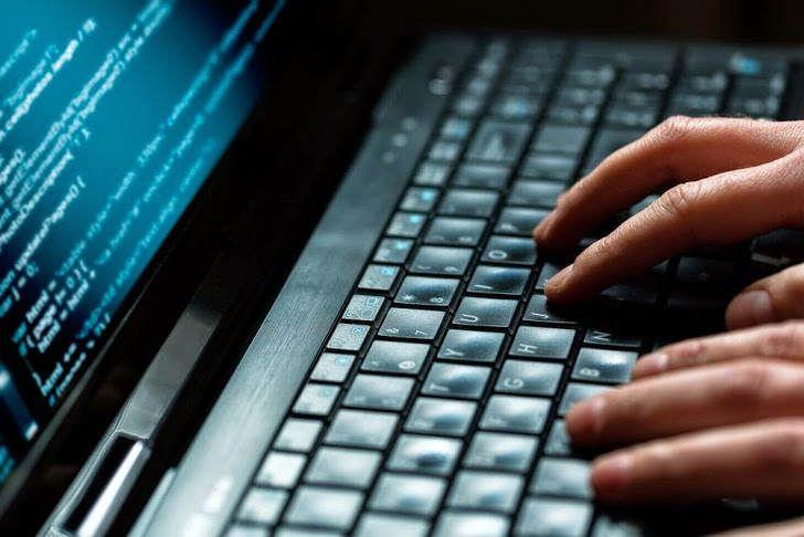 Με εργαλείο της αστυνομίας έκλεψαν οι χάκερ τις γυμνές φωτογραφίες διασήμων - http://www.secnews.gr/archives/82886 -  Καθώς γυμνές φωτογραφίες διασημοτήτων κατακλύζουν το διαδίκτυο από το περασμένο Σαββατοκύριακο, η ευθύνη για το σκάνδαλο μετακυλήθηκεαπό τους χάκερ που τις έκ�