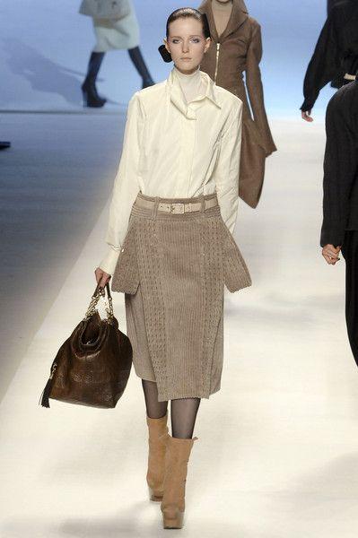 Louis Vuitton at Paris Fashion Week Fall 2008 - Runway Photos