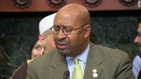 Philadelphia Mayor Michael Nutter was asked about his feelings towards Donald Trump and the Muslim comments he made. CNN affiliate WPVI reports.