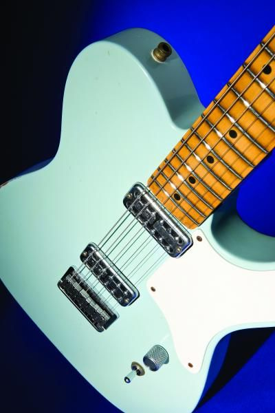 Fender La Cabronita Especial. It's even in the right color.