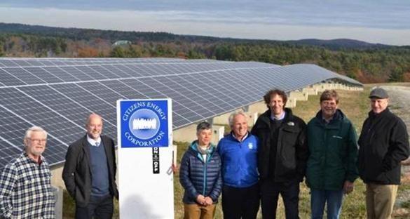 Tyngsborough Landfill Converted To Solar Farm The Boston Globe Solar Solar Energy Renewable Energy