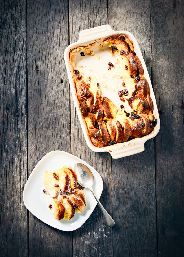 A Simple Bread and Butter Pudding on things{we}make.