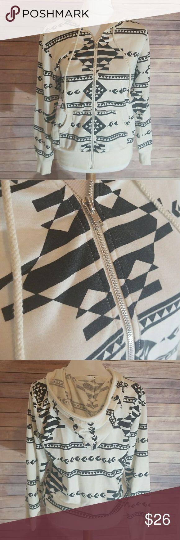 💋Boutique women's zip up jacket 💋Boutique women's zip up jacket Tops Sweatshirts & Hoodies