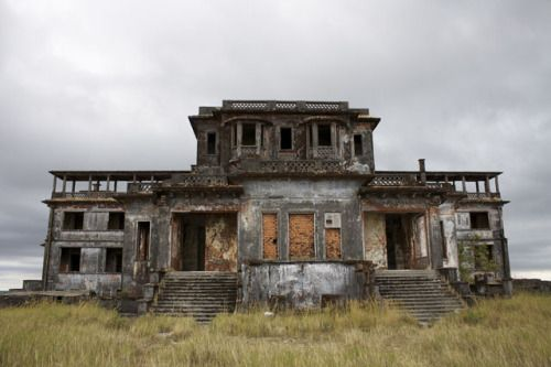 Bokor Hill Station, Cambodia (via) Bokor Hill Station is an abandoned French town in Preah Monivong National Park, located in northern Cambodia. The town was built in 1921 as a resort by the colonial French settlers to offer an escape from the heat, humidity and general insalubrity of Phnom Penh. Nine hundred lives were lost in nine months during the construction of the resort in this remote mountain location. The centrepiece of the resort was the grand Bokor Palace Hotel & Casino…