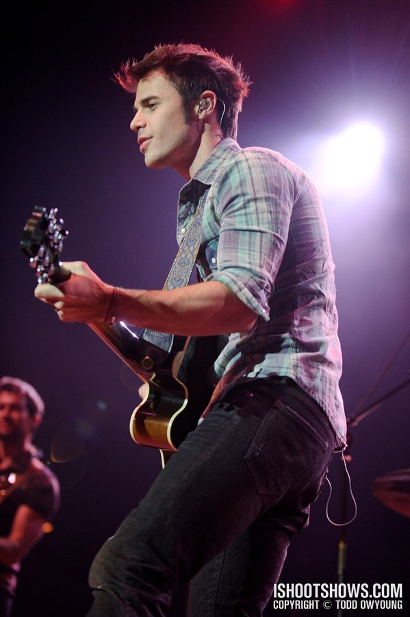 Kris Allen...his music is still amazing!