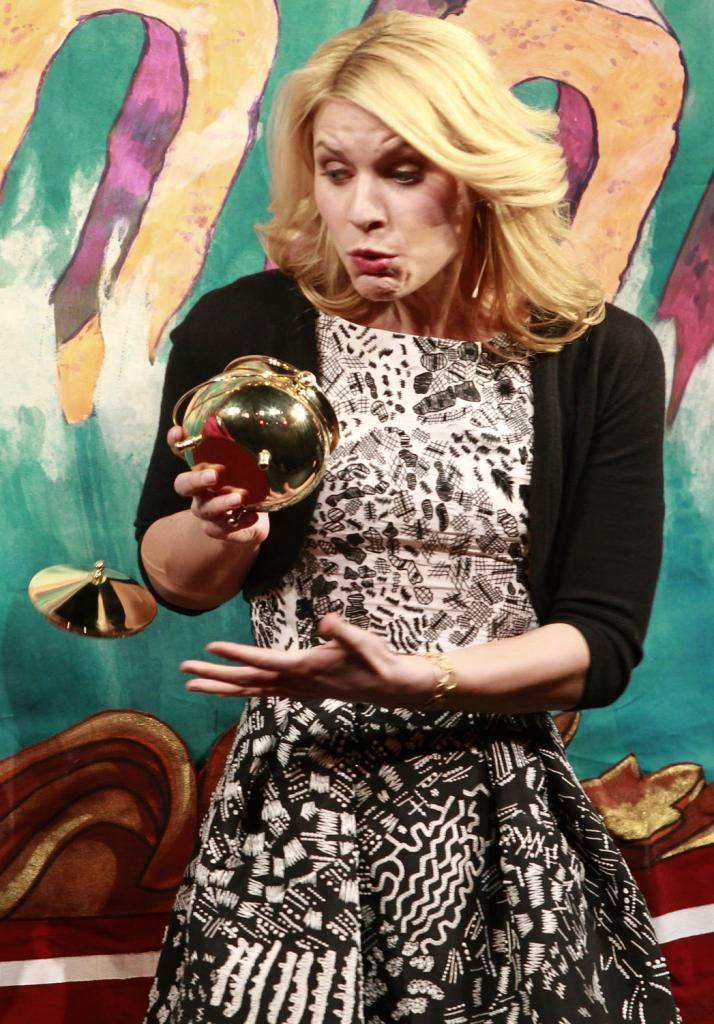 "Claire Danes drops ""Harvard Hasty Pudding Women of the Year"" award. (www.TempeTrophy.com)"
