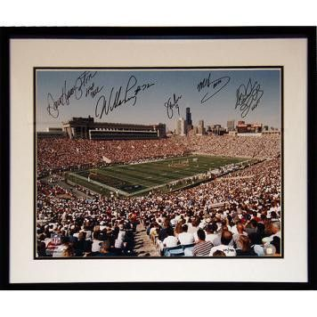 1985 Chicago Bears Signed Framed 16x20 Photo (5 Sigs) (LE/1985)