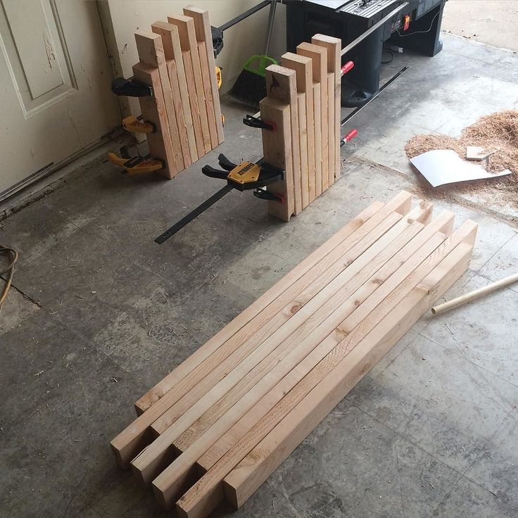 Simple box joint 2x4 bench