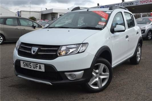 Used 2015 (15 reg) Glacier White Dacia Sandero Stepway 0.9 TCe Laureate 5dr for sale on RAC Cars