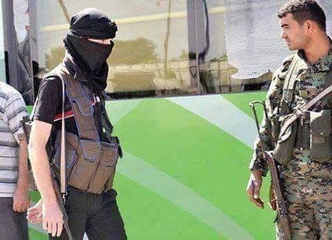 Исход из Западной Гуты http://kleinburd.ru/news/isxod-iz-zapadnoj-guty/  Сегодня завершается сдача Западной Гуты. Остатки боевики из Хан-аль-Шиха и Закии, грузятся на автобусы и выезжают в Идлиб. По условиям капитуляции, боевики имеют право взять с собой легкое стрелковое оружие, немного боеприпасов и ручную кладь. Так же с ними могут выехать гражданские, которые хотят «продолжать борьбу». Всего в «зеленых автобусах» в Идлиб отправится около 3000 […]