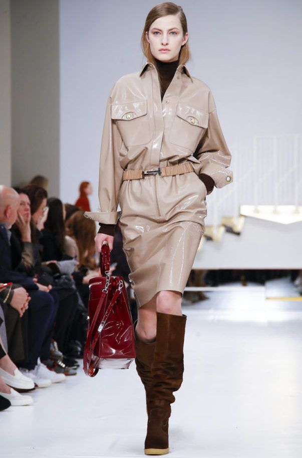 2ff9cfffc1 Collection TOD'S Winter 2019 - MILAN***   Runway Looks   How to wear ...