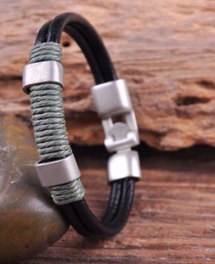bracelet homme ethnique cuir et metal vintage .nouvelle collection : Bijoux pour hommes par made-with-love-in-aiacciu