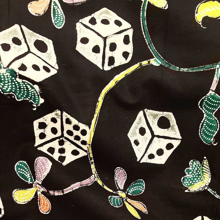 Dice for batik. Why not???    #batik #batikindonesia #kainbatik #batiktulis