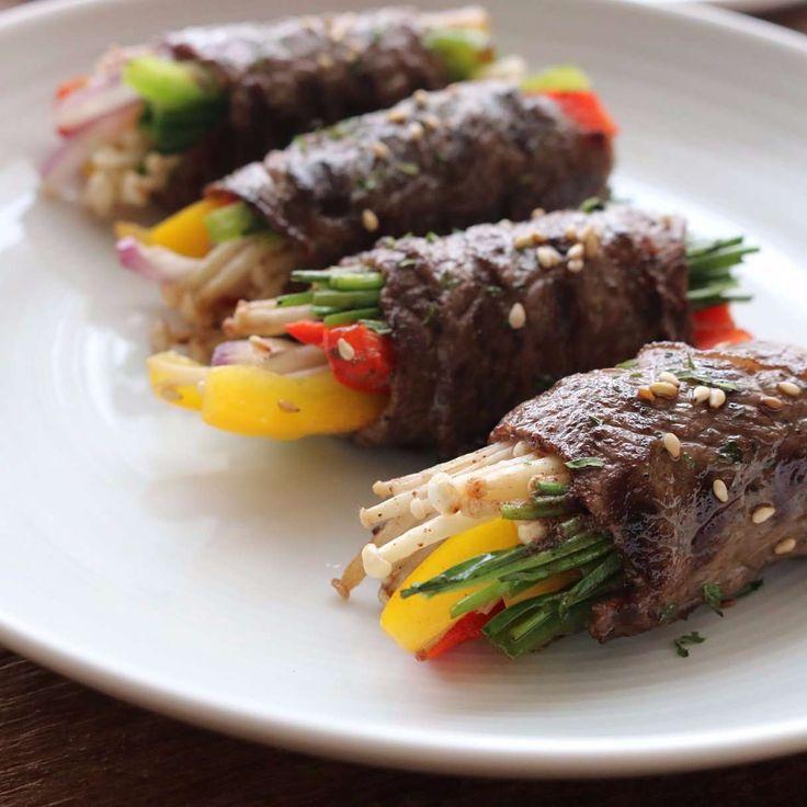 식탁 위에 올리면 단연 돋보이는 정갈한 메뉴, 쇠고기편채예요. 부드러운 쇠고기와 아삭한 야채를 함께 즐길 수 있어 맛과 영양을 모두 담았답니다. 요리 과정이 어렵지 않아 특별한 날에...