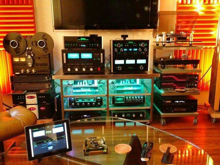 High end audio audiophile Music listening room ...