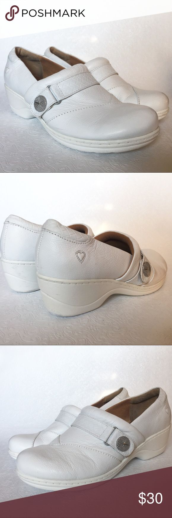 Nurse Mates- Leather slip on nursing shoes Full-grain leather Padded collar Pillow Top insole Slip-Resistant rubber bottom Heel height: 1.5 inches w/ a half inch platform  Some minor scuffing- good used condition Nurse Mates Shoes Mules & Clogs