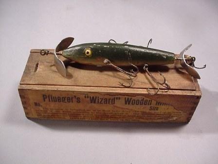 Google Image Result for http://www.oldfishinglure.com/picts/pfluegerwizard.JPG