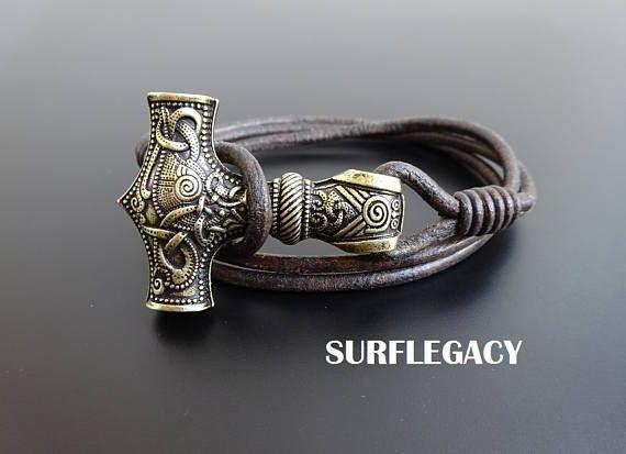 Pulsera de cuero Mjolnir bronce, cuero de Viking, pulsera de martillo de Thor, Mjolnir amuleto Norse pulsera, joyería de Viking la mitología nórdica, Viking pulsera, amuleto Eslava joyería, pulsera - joyas - regalos hombres - de los hombres accesorios de regalo - Beaded pulsera - pulsera de cuero - joyas para hombres - pulsera para hombres - regalos para hombres - hombres - regalos chico - chico pulseras - Guy Jewelry - hombres novio regalo - esposo regalo Viking joyas hombres pulsera…