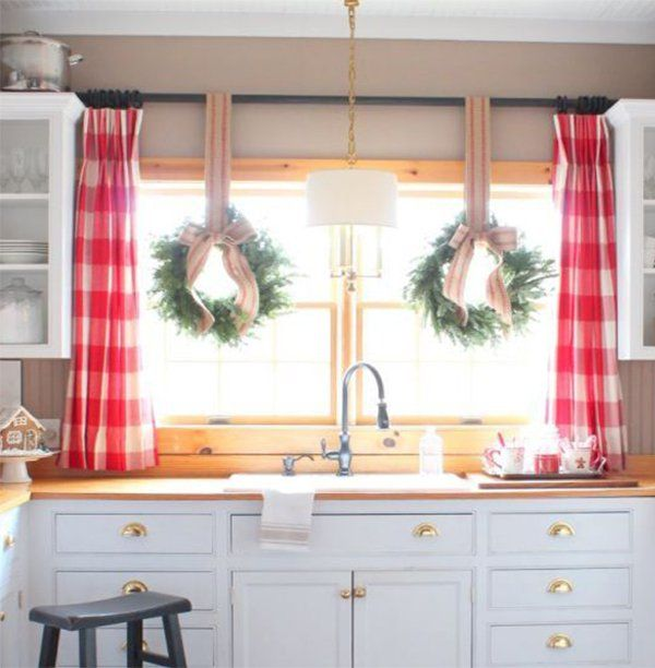 Christmas Decorations For Your Windows #christmas #christmasdecor #christmaswindow