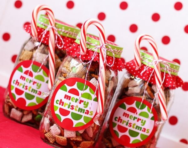 Easy homemade Christmas presents Childrens candy bags Gift Ideas