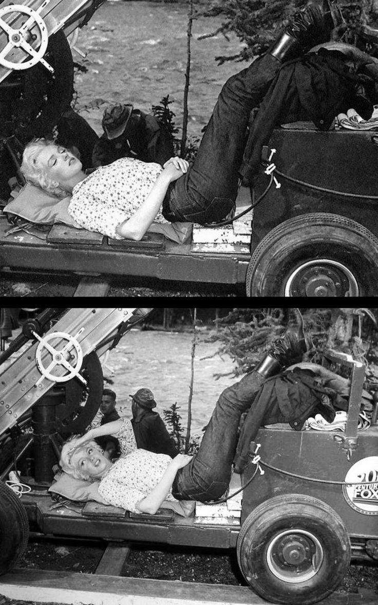 """1953 """"River of no return"""" (La rivière sans retour) d'Otto PREMINGER (photos de tournage, notamment de Marilyn et son professeur d'Art Dramatique Natasha LYTESS, de Marilyn et sa doublure lumière ou de Marilyn dirigée par Otto PREMINGER aux côtés de MITCHUM) / ANALYSE et CRITIQUE (part 5) / 'There is a River Called the River of No Return. Sometimes it's peaceful, And sometimes wild and free. Love is a traveller On the River of No Return, Swept on forever To be lost In the stormy sea.'…"""