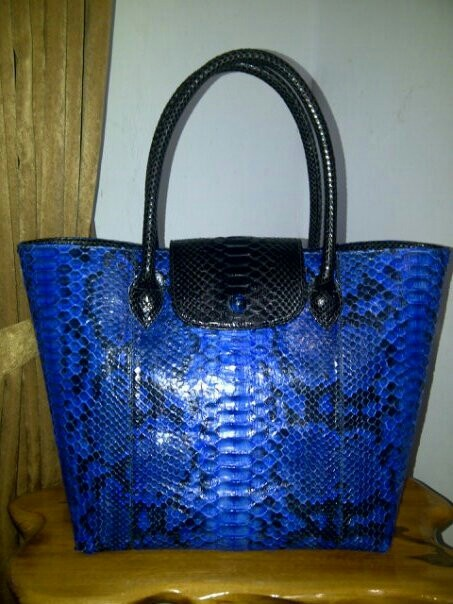 Handmade phyton skin bag. For more orders, Email : yuns2506@yahoo.com or whatsapp : +6281317203406