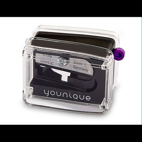 Younique makeup sharpener Sharpener Younique Makeup Brushes & Tools