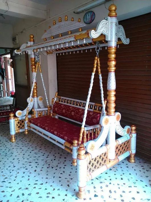 Sankheda swing, wooden swing,  wooden carved swing, jhulla, painted swing, spider india swing