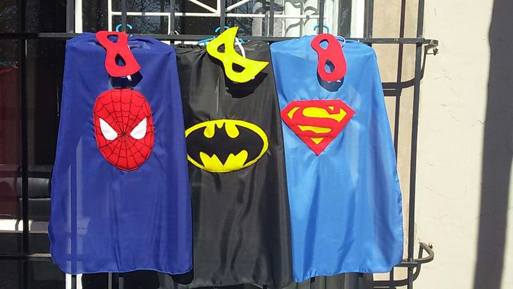 Budget Party capes