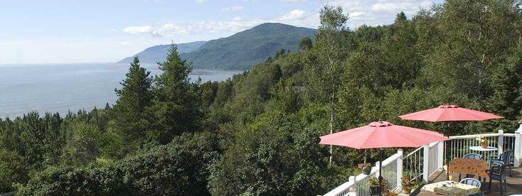 Auberge Cap-Aux-Corbeaux - Hébergement à Baie-Saint-Paul, Charlevoix! Face au fleuve Saint-Laurent, vue sur le Massif de Charlevoix