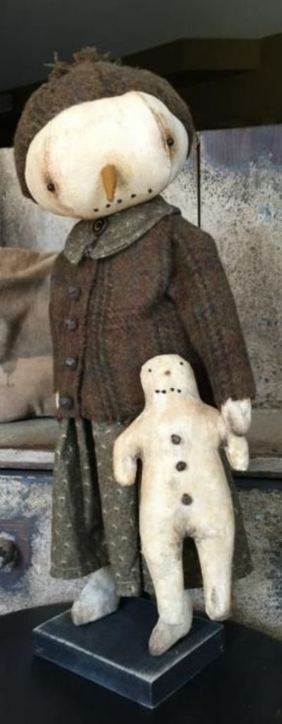 Snow Lady - Primitives Homemades Mercantile