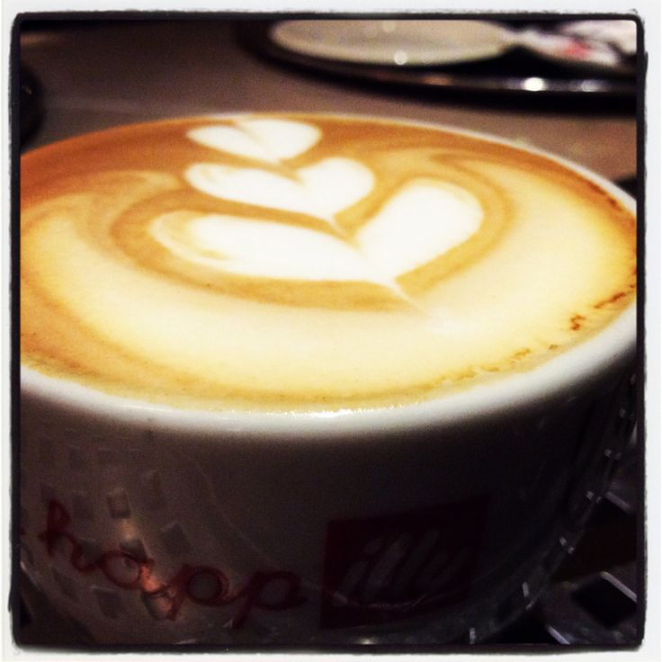 #Breezecafe#cafe#coffee#illy#cappuccino#latteart