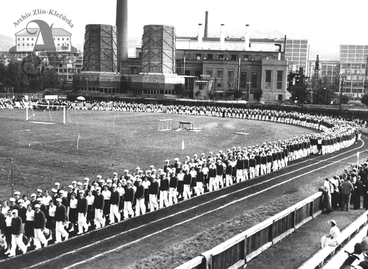 Sports day held at a new stadium of the Baťa sports club, 1934