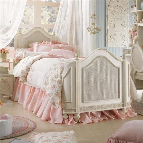 Mansion Bedrooms For Girls best 25+ pink vintage bedroom ideas on pinterest | vintage girls