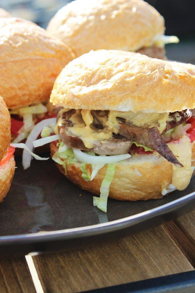 hamburger met kalfstong