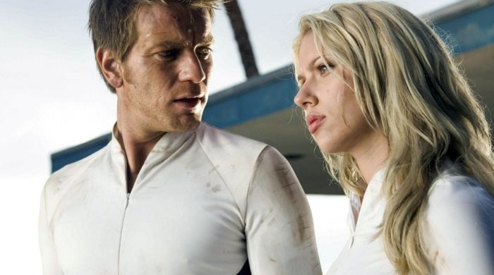 Ewan McGregor and Scarlett Johansson in The Island Movie