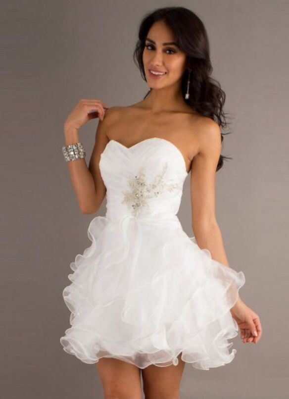 Free shipping A-line Sweetheart Organza white Cocktail Dresses/Short Prom Dress With Ruffles