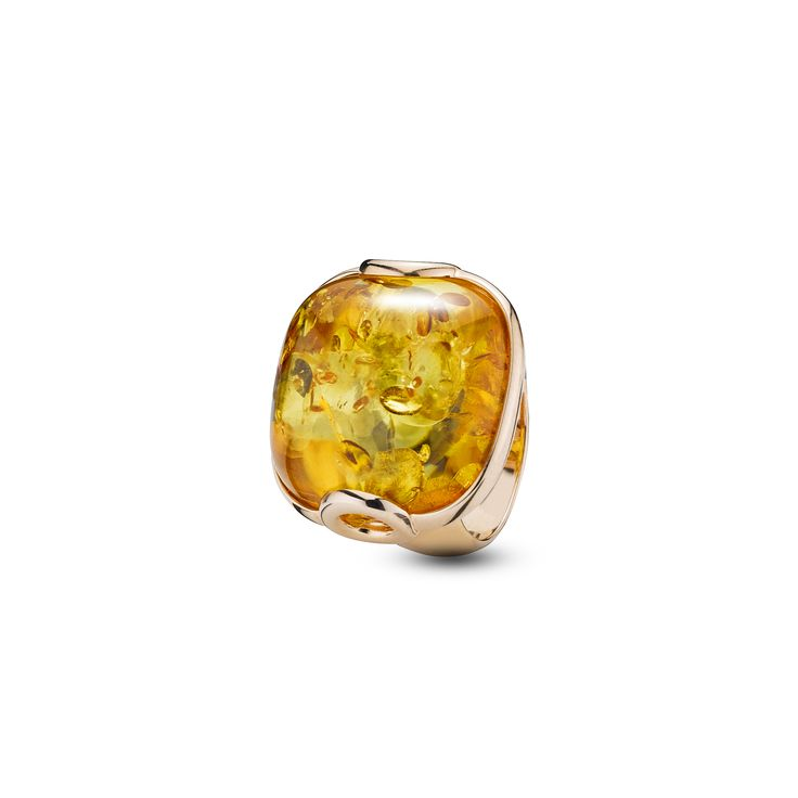 House of Amber - An adorable ring in rose gold sterling silver and cognac amber. The ring has a timeless design and is a part of the Enlightened Enamel Collection.