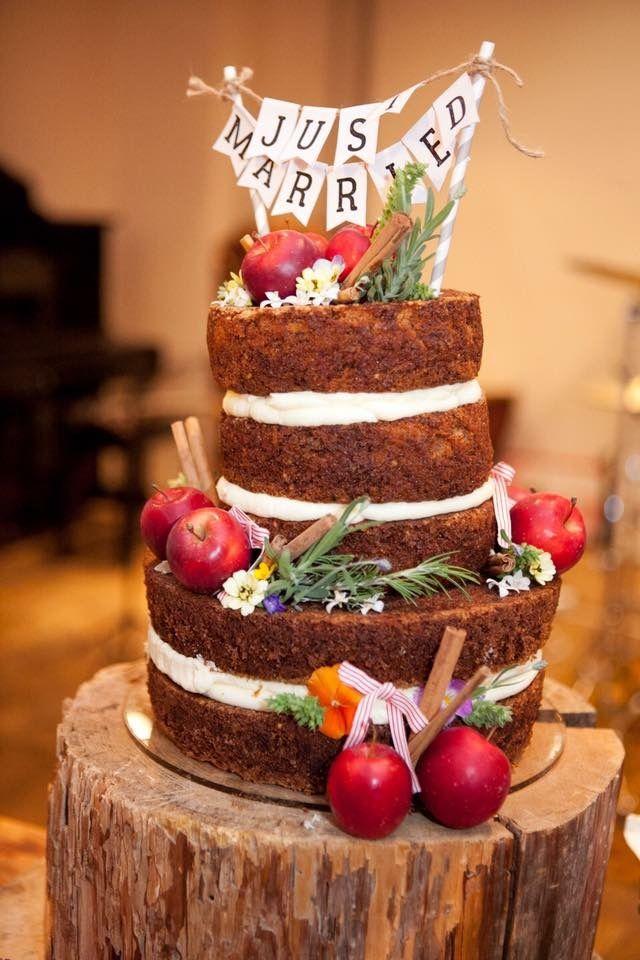 weddingcake  キャロットケーキとクリームチーズフロスティングでネイキッドケーキをつくりました。