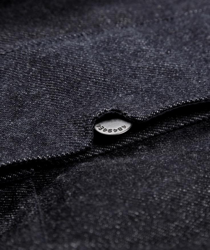 Button details - Machina denim