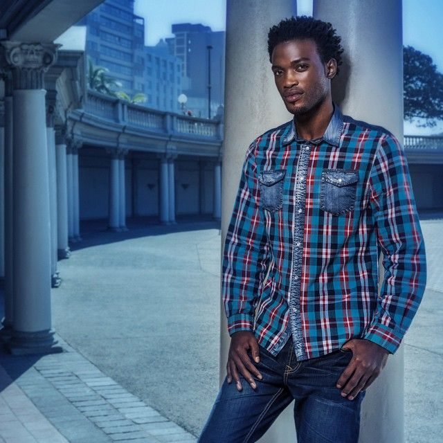 By choosing to use plaid you make more of a statement and you continue to develop your wardrobe along the way. When done right, it can be a real alternative to the other plain old shirts you keep dragging out day after day. Best of all, because plaid shirts are so casual, you can dress it back down for a night out after work. Alternatively, wear your blazer, jeans and brogues to keep that classy edge - a truly transitional item. #menswear #mensstyle #mensfashion #fashion #style #trend #jeans