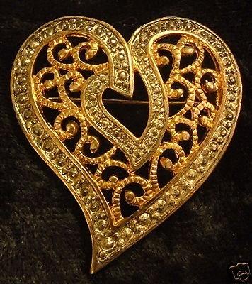 Vintage Goldtone Heart Brooch Pin