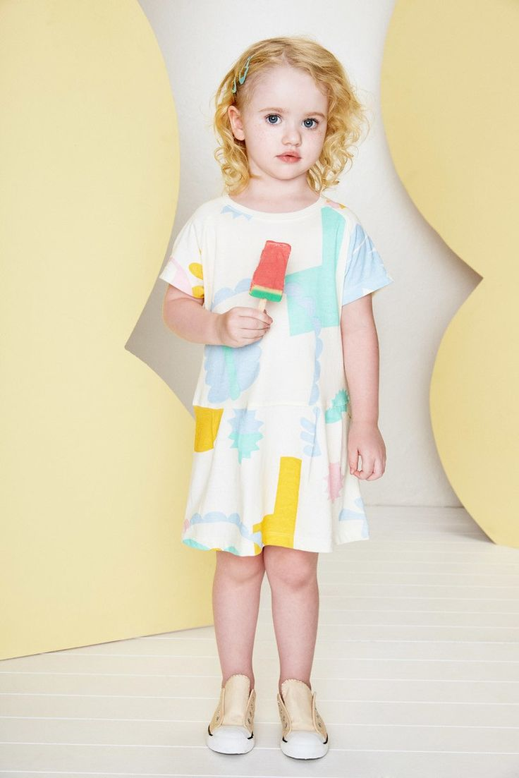 Raglan Pale Garden Dress by Baobab Clothing ⌇ Juniors Design Blog ⌇ www.juniorsdesignblog.com