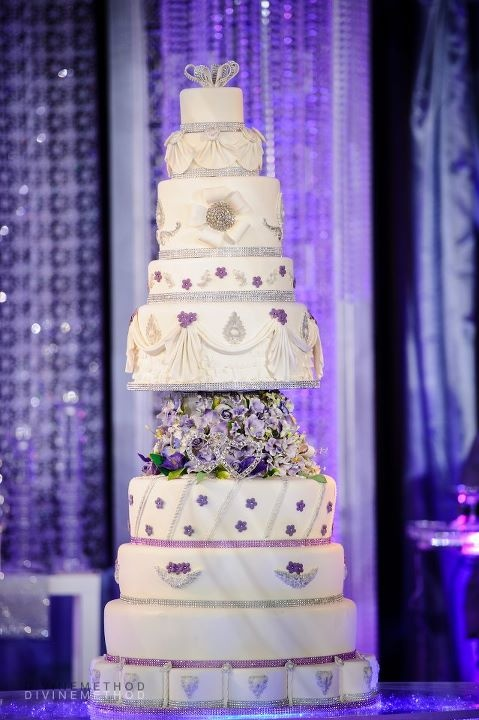 Pin By Modern Rani On Cakes Desserts Huge Wedding Cakes