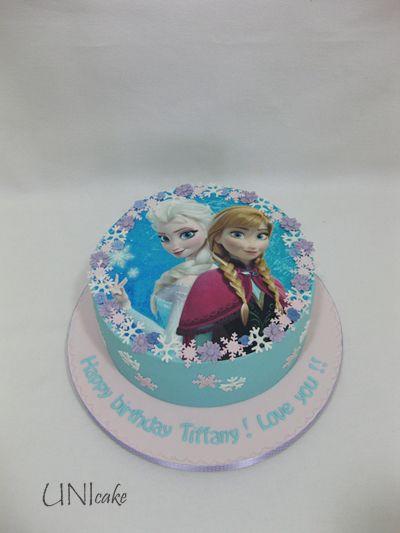 C223. Frozen-kakku. Frozen cake.