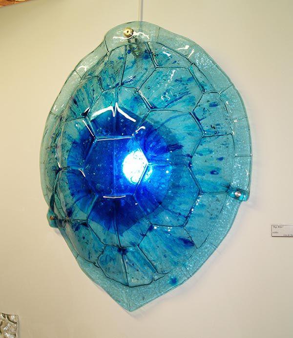 http://glassartgallery.com.au/portfolio/big-blue/