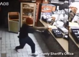 Are you kidding?!?! Pregnant Popeyes Manager Fired After Refusing To Pay For Armed Robbery