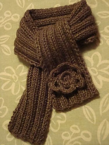 Knitting Patterns For Alpaca Scarf : 12 best images about Baby Alpaca Scarves on Pinterest Plymouth, Free patter...