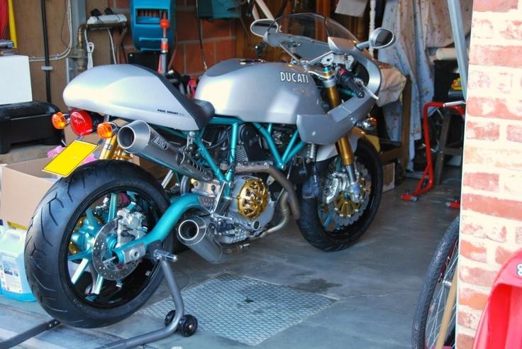 Ducati Sport Classic Paul Smart Cafe Racer